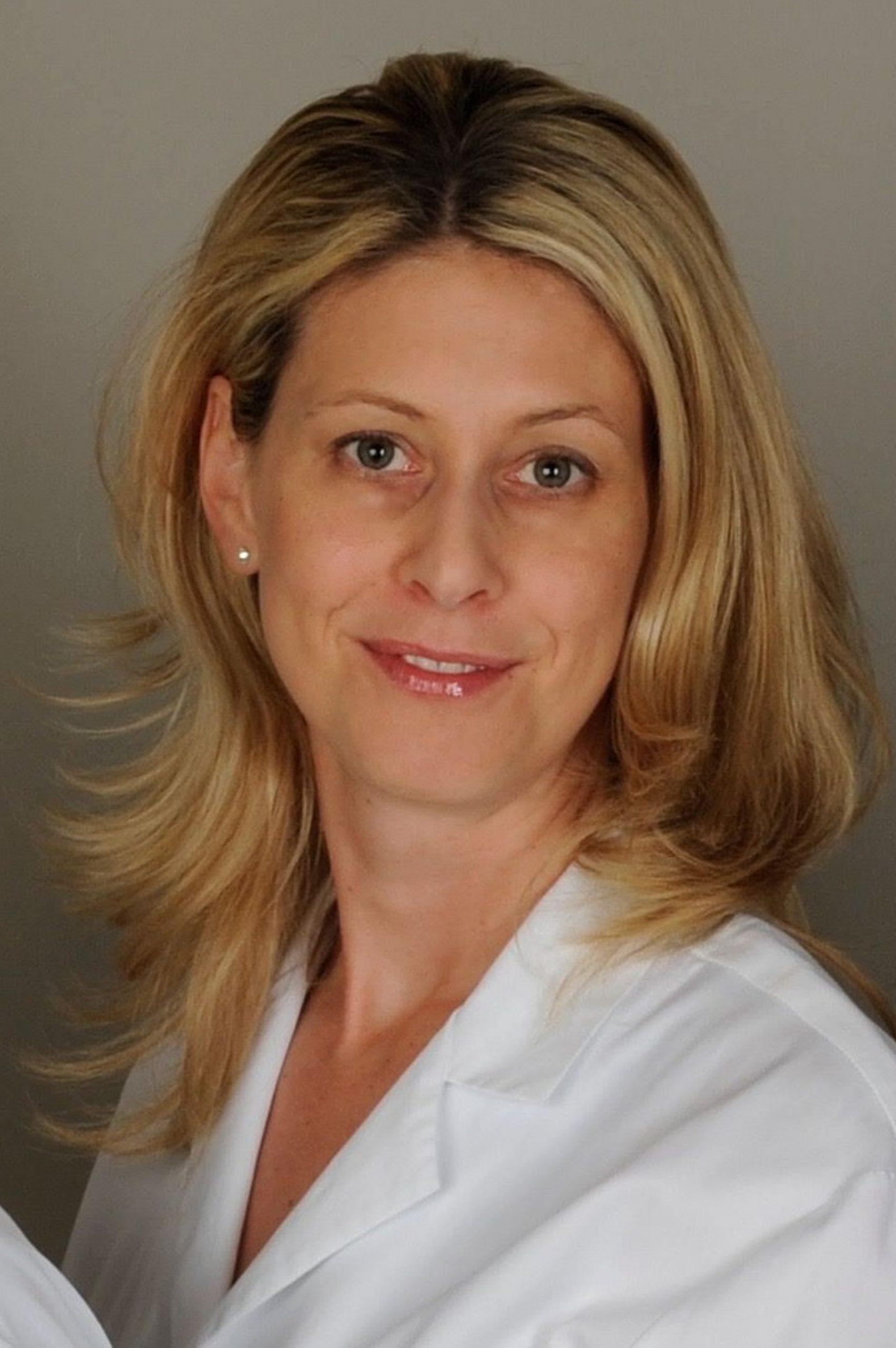 PD Dr. med. Lisa Weibel